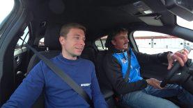 A scuola guida (in pista) con FORD! / Esercizi di guida con l'istruttore / Lezioni pratiche in pista
